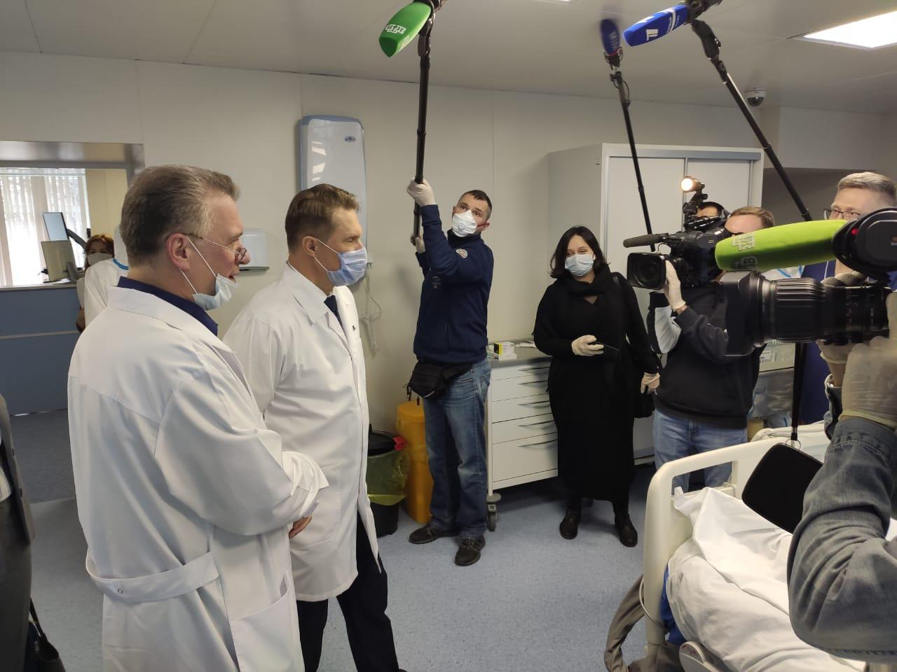 Михаил Мурашко: самые мощные федеральные центры подключаются к оказанию помощи больным с коронавирусной инфекцией