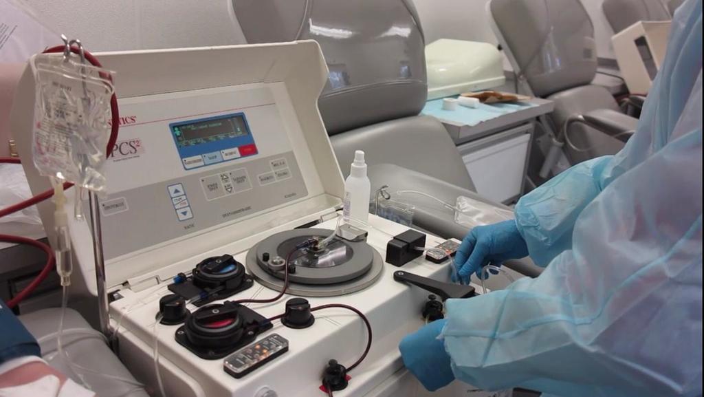 Специалисты в Свердловской области признали старт практики переливания крови пациентам с COVID-19 успешным